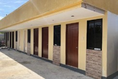 40 DOORS BOARDING HOUSE FOR SALE  IN HELLENVILLE, MACTAN