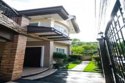 House and Lot for Sale in Garnetville Subdivision, Banilad